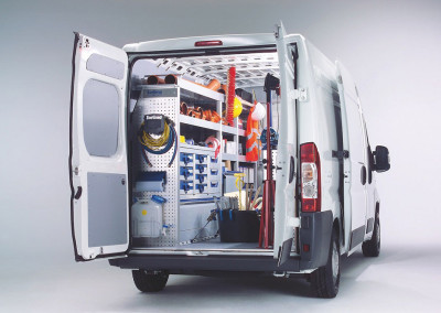 VarioLineComposite Bodensysteme für Transporter // VarioLineComposite floor systems for vans